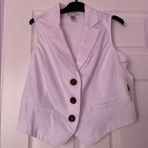 Kari New York Sleeveless White Shirt